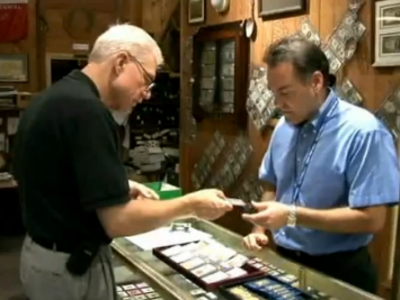 gold and silver dealer in Houston, TX, performing an appraisal